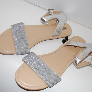 NWOB Mixit Glittery Silver Sandals Size 9 M